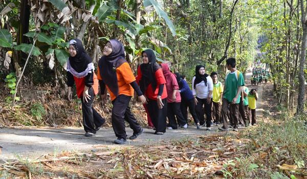 Jalan Sehat SMK Karya Nugraha Boyolali Oktober 2014